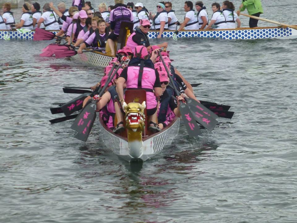 breast cancer survivors dragon boat team, Auckland